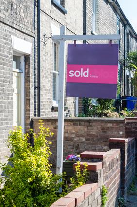 """Estate agent """"Sold"""" sign"""
